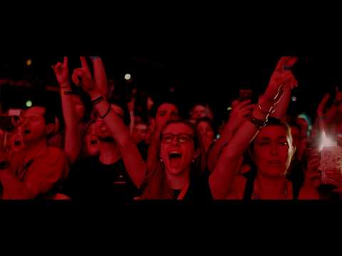 Roger Waters Us + Them | In Cinemas 2 & 6 October | Official Clip - Pigs