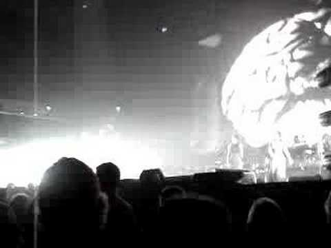 Roger Waters Brain Damage / Eclipse May 11 2007 Earls Court