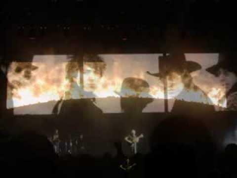 Roger Waters Live Philadelphia Concert Montage 6-1-07