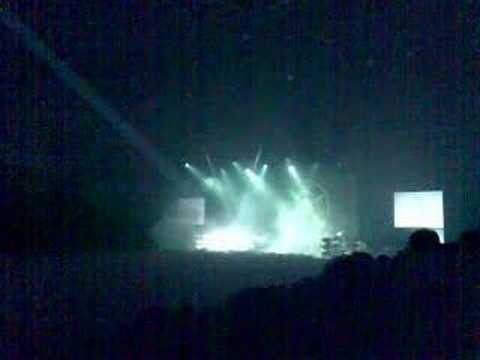 Roger Waters - Money live in Budapest