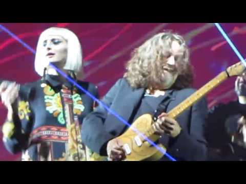 "Roger Waters ""Comfortably Numb"" Nassau Veterans Coliseum, Long Island, NY 9.15.17"
