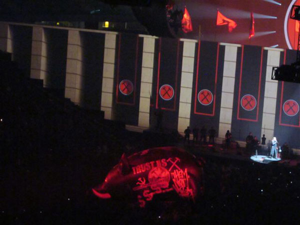 ROGER-WATERS-122