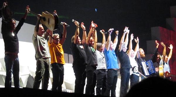 Wall-Live-Toronto_6-23-2012