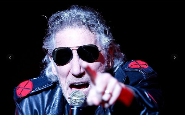 roger-waters-11