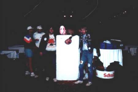 Stage brick: That's Tom on the right, and on the left a guy he met there, Bruce. They are pictured with one of the actual bricks used in building The Wall that night. Somebody managed to grab one and bring it backstage after, and they were among many fans posing for pics of it. The guys who grabbed it said they were gonna try and get it back to the states with them, but Tom doesn't know if they ever managed it.
