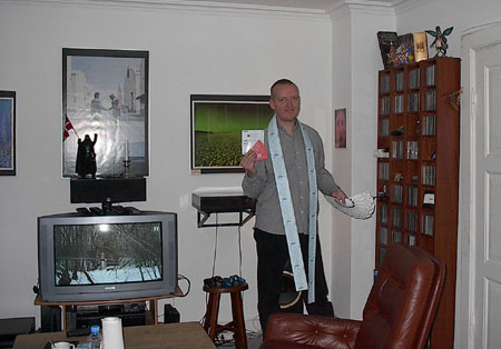 Jens Libach showing off no less than 33 Roger Waters tickets! Jens purchased some of these for friends but 10 of the tickets belong to Jens and he is going to hand them in at Erfurt, Koln, Oberhausen, Hannover, Oslo, Stockholm, Copenhagen, Munchen, Frankfurt, & Berlin.