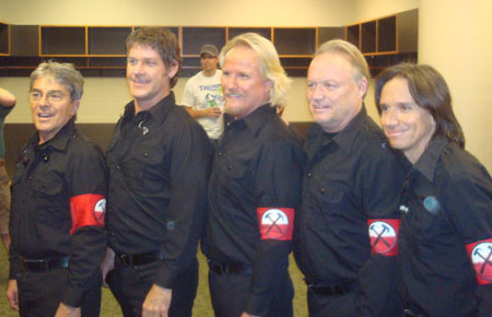 The Male Chorus with Robbie Wyckoff backstage in St. Paul, MN (courtesy of Tim Russell)