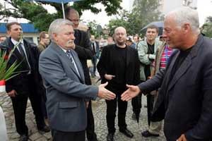 David meets with Lech Walesa