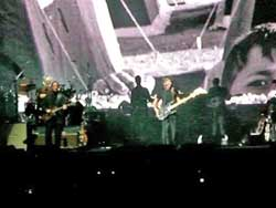 Roger-Waters-081
