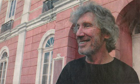 Roger Waters arrives in Brazil for Ca Ira rehearsals